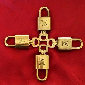 ⭐ #317 X4 vintage Louis Vuitton padlock and key